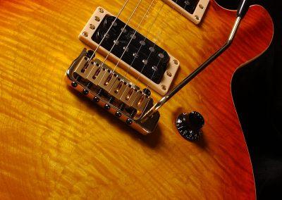 005-Signature-2002-09-05-Vintage-Cherry-Sunburst-EAGLE-2002-09-05-f