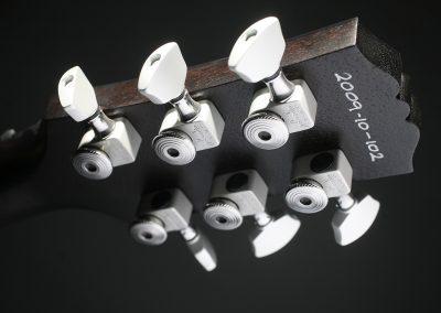 102-Deluxe-Satin-Black-Silver-2009-10-102-IMG_9684