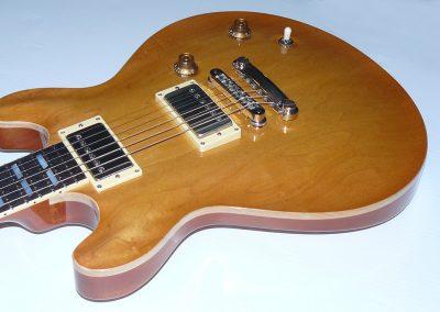 042-Classic-2008-10-42-Faded-Cherry-Sunburst-TULIP-P1000649EDIT